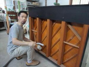 ピアノ調律師 岡本芳雄
