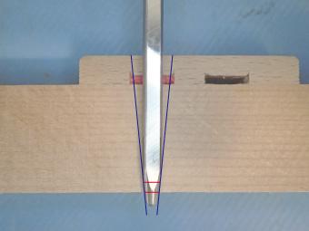 3.バランスホール内部のイメージ図。当社設計の道具、先端の形状にこだわりがあります。