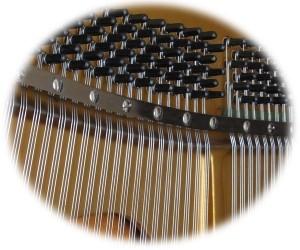 ピアノ線 弦を磨く